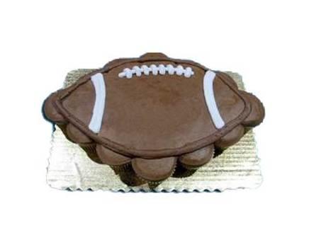24_ct_cupcake_cake_football.medium
